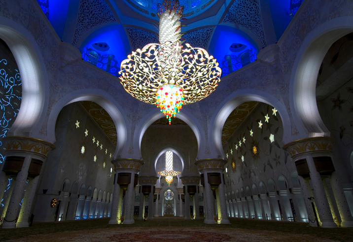 private-tour-guide-mosque-abu-dhabi
