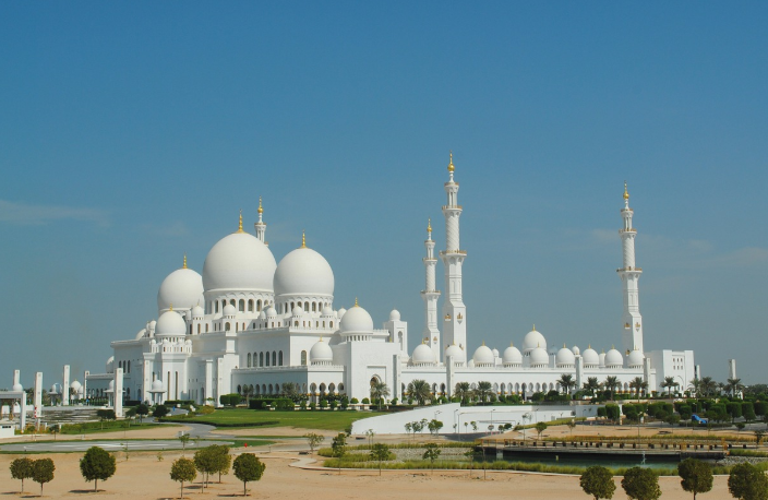 private-tour-guide-sheikh-zayed-mosque